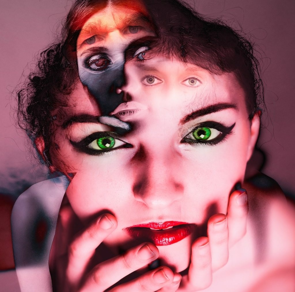 Can Schizophrenia Be Cured Completely Or Without Medication ?This is the by far most asked questions by the Schizophrenia community .It will be the best if Schizophrenia is able to be cured without taking medication , due to the long term negative effect of the medication on the body .
