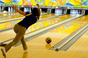 HOW TO Throw More Strikes ON BOWLING